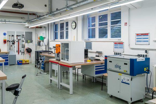 Prototypenwerkstatt Lasercutter